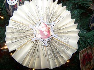 Xmasdecorating2010 006